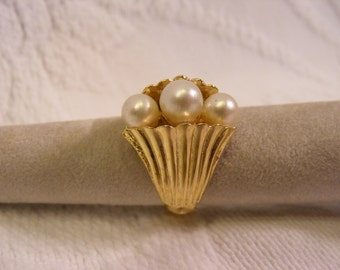 Vintage Adjustable Pearl Statement Ring