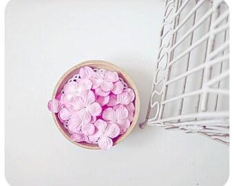 30 Hydrangea petals Sweet Pink  / pack