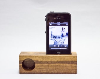 Powered iPhone Mini Acoustic Dock