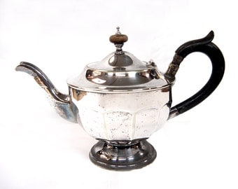 Vintage Silver Plated Teapot Sheffield England