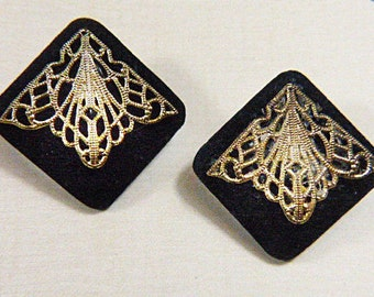 Vintage Black Suede and Gold Filigree Clip Earrings - V-EAR-315 - Black Square Earrings - Black Earrings - Filigree Earrings