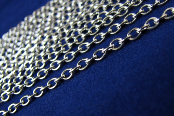 Silver Chain : Antique Silver Oval Link Chain 4x3mm ... SOLD per 16 FEET / 5 Meters ... Lead, Nickel & Cadmium Free 70033-2