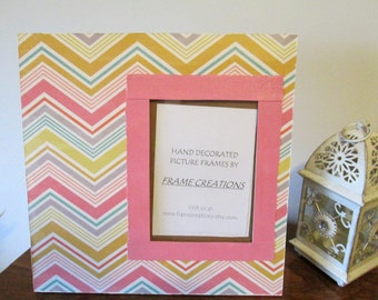 5x7 Zig Zag Stripe Themed - Hand Decorated Picture Frame
