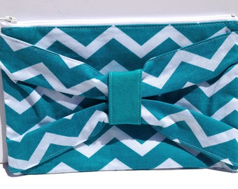 Chevron Bow Clutch in White and Teal