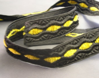 Black Trim with Gold Velour Accent