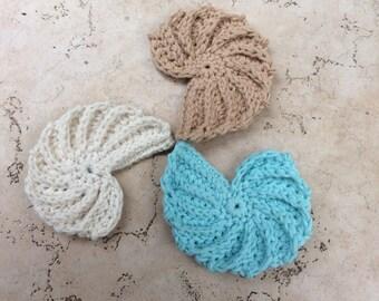 CROCHET PATTERN seashell, PDF seashell pattern, coaster seashell, textured seashell , seashell applique pattern,seashell necklace pattern