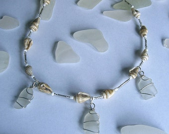 Beach glass shell necklace. Sea glass jewelry.