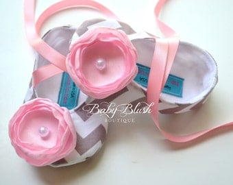 Grey Chevron Soft Ballerina Slippers Baby Booties with Pink  Flowers and Ribbon Ties