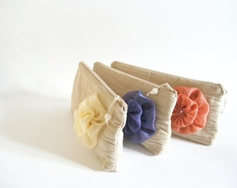 Farmhouse Wedding Purses, Clutches with Flowers, Set of 5 Bridesmaids Bags, Beach Wedding Gifts