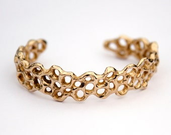 Honeycomb Slim Cuff Bracelet - Golden Brass