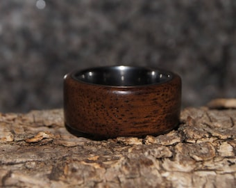 Rosewood & tungsten ring - size 6