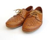 Vintage I'm A Be-Weaver Shoes - Size 8.5 - Women's
