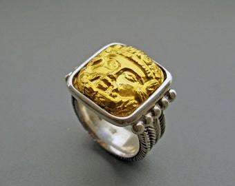 Zeus - ring of pure gold repoussee on sterling silver