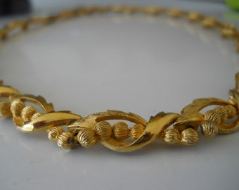 Vintage Corocraft Choker Leaf and Gold Bead Decorative Necklace