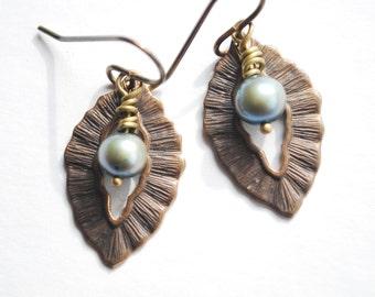 Brass & freshwater pearl earrings