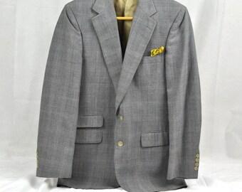 Designer Jacket Mens Sport Coat Bill Blass 38R Vintage Gray Plaid Blazer Armor of Modern Men