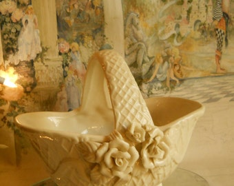Vintage Large Off White Ceramic Rose Basket Flower Vase or Planter Diagonal Pattern 3D Roses Vintage Home Decor Shabby Chic Basket