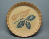 "Pfaltzgraff pottery Americana ( American ? ) 9"" quiche plate with bird"