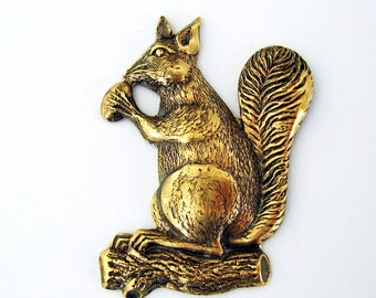 1-Large Squirrel Animal Ox  Brass Stamping Ornament Pendant Jewelry Findings.