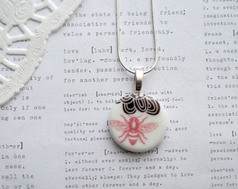 Large Ceramic Round Pendant Necklace with Bee