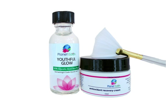 50% Glycolic Acid Skin Peel Kit with Antioxidant Recovery Cream and Treatment Brush