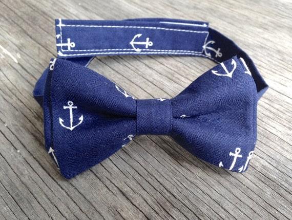 Navy Bowtie -- Anchor Bow Tie -- Nautical Tie -- Boys Navy Bow Tie -- Mens navy bow tie -- delta gamma bow tie