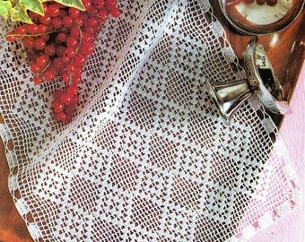 """table decoration, center piece, table runner """" Diamonds """"  PATTERN (chart with directions)"""