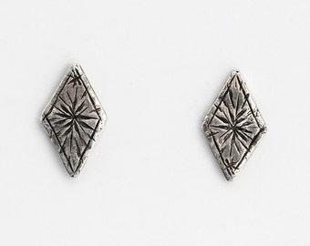 Starry diamond earrings - silver
