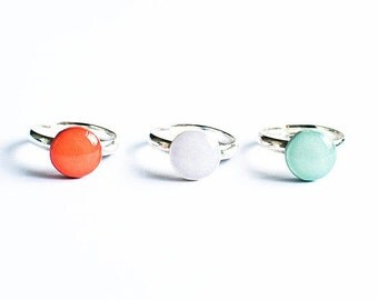 9 colors available, simple adjustable rings, orange ring, gray ring