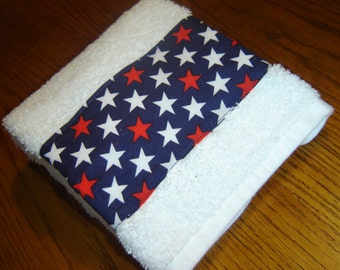 White hand/dish towel w/red & white stars on navy background, July 4th/Labor Day, patriotic, Americana, country, 100% cotton terry towel