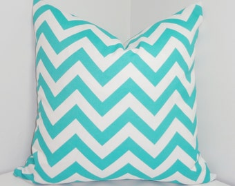 NEW OUTDOOR Pillow Aqua Blue & White Chevron Zig Zag Outdoor Deck Porch Choose Size