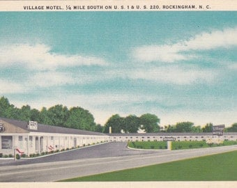 Rockingham, North Carolina, Village Motel - Linen Postcard - Unused (CC)