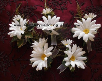 """Set of (5) DAISY""""Boutonniere. Handwrapped stems. Austrian Crystal accents.Groom Father of the Bride Best Man Buttonhole Silk Wedding Flowers"""