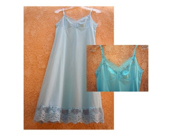 Baby Blue Vintage Full Slip / Rare Blue Slip / Satiny Slip w Lace Accents / USA Vintage / Size 34