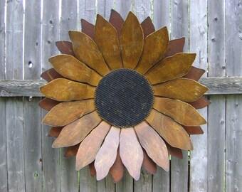 """Sunflower, Rusty Metal Sunflower, Sunflower Wall Hanging, Rustic Sunflower, 24"""" Metal Flower"""