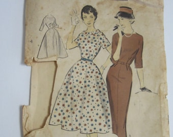 Advance Sewing Pattern #8435 Wiggle Dress or Full Skirt 36-28-38 Factory Folded