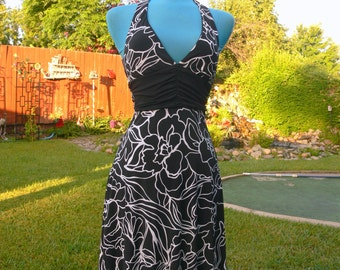 black and white  halter top dress size 5