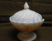 Cambridge Crown Tuscan seashell design covered vintage pedestal candy dish