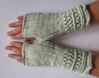 Fingerless Gloves Mittens wrist warmers Green Gray knit