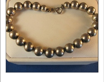 Beautiful Vintage Estate Graduated Sterling Silver Ball Bracelet 7.75 inches