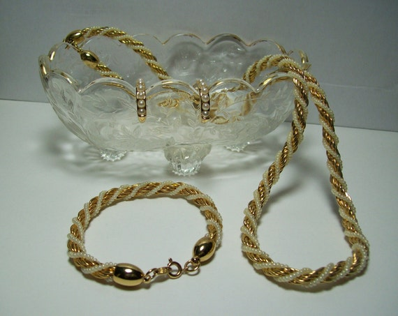 Trifari White Pearl And Gold Rope Necklace And Bracelet