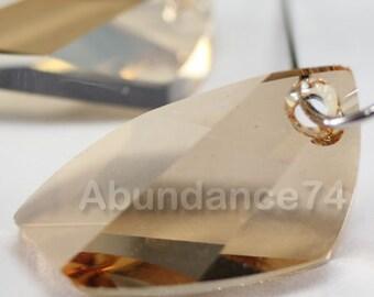 2 pcs Swarovski Crystal 6620 20mm Avante GardePendant - Golden Shadow