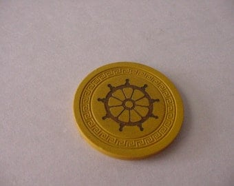 Vtg 1940s Harvey's Casino Lake Tahoe YELLOW Clay Pilot Wheel Roulette Chip Gaming Collectible