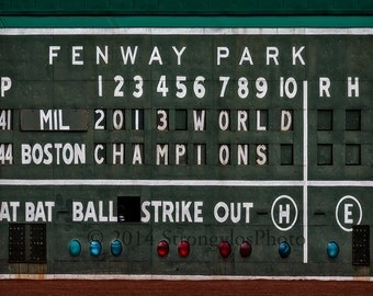 StrongylosPhoto, 2014 Opening Day, Boston, Fenway Park, Red Sox, scoreboard, green sign, 2013 World Champions