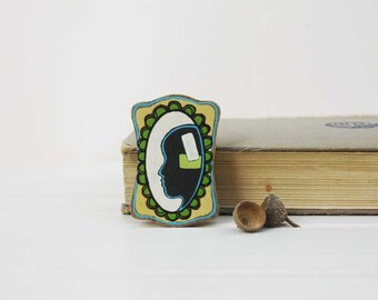 Vintage inspired brooch silhouette brooch green