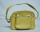 Vintage Escort Mod Mustard Yellow Bag pack carry on Diaper Duffle Sports Pleather Leather Vinyl Purse