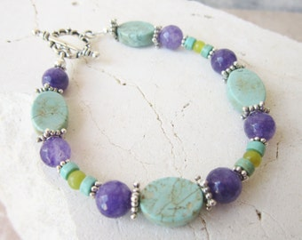 Multi Color Semi Precious Stone Bracelet.Turquoise Howlite & Amethyst Bracelet. Beaded Bracelet. Turquoise Bracelet. Turquoise Jewelry.