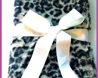 Faux Fur Baby Cuddle Blanket Photography Prop Leopard