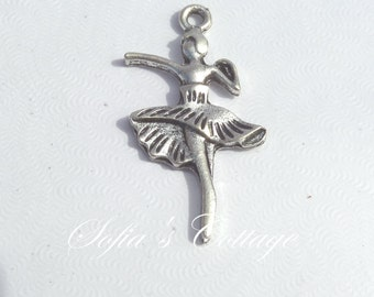 8 Ballerina Dancing Girl Alloy Antique Silver Plated charms Pendants Fit Handcraft DIY 32x18x2mm,(Y23)
