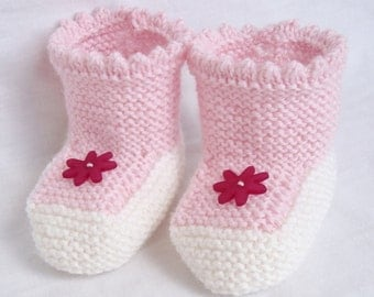 Handknitted 100% Woollen Booties - Pink with Flower Buttons 0-6 Months